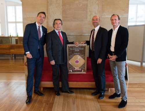 Riccardo Muti receives Double Platinum Award for 2018 New Year's Concert